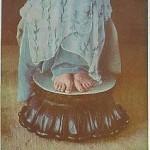 annai_feet